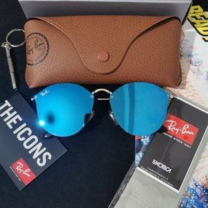 NEW Rayban sunglasses rb3574 size 56mm